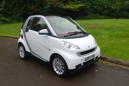 SMART PASSION CDi..AUTOMATIC..VERY LOW MILES..TOP SPEC SOLD (picture 2 of 6)