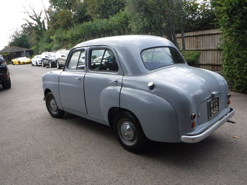 1953 STANDARD 8  SALOON 803CC For Sale (picture 3 of 6)