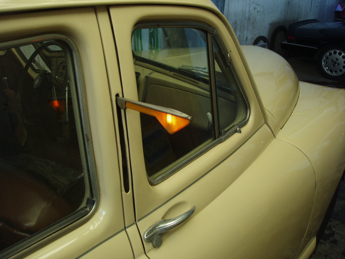 1948 Standard Vanguard, all original For Sale (picture 3 of 6)