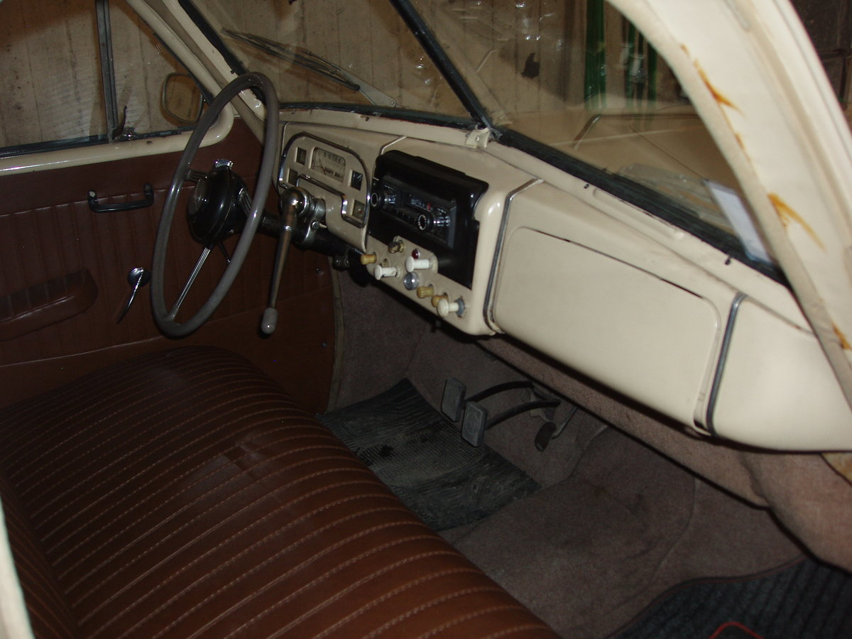 1948 Standard Vanguard, all original For Sale (picture 5 of 6)