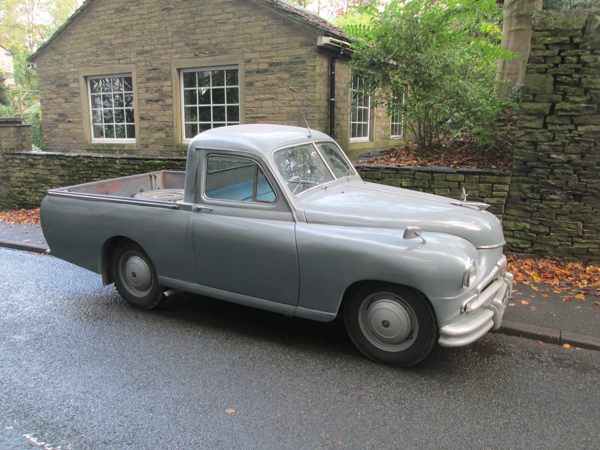 1954 Standard vanguard pickup truck For Sale (picture 1 of 6)