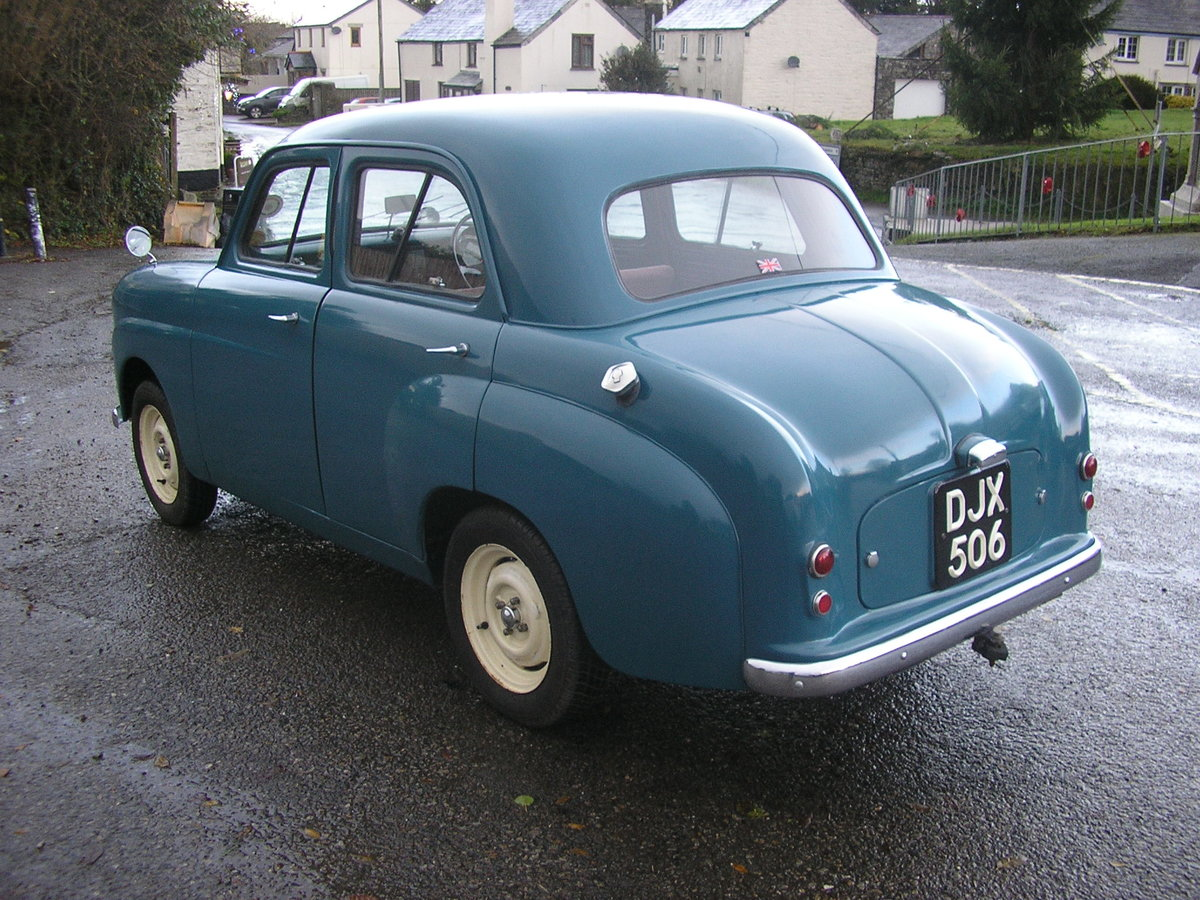 1953 Standard 8 saloon For Sale (picture 4 of 6)