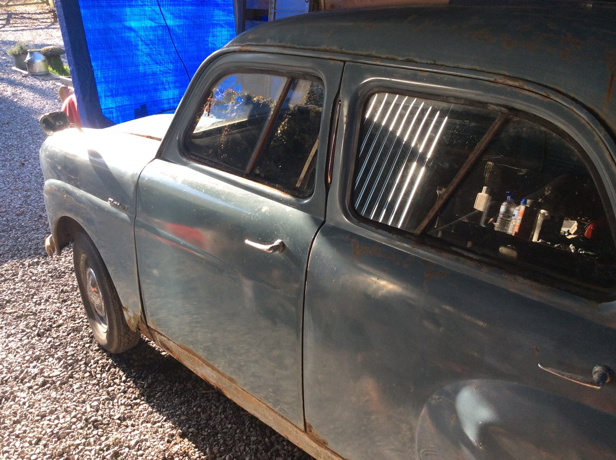 1953 Standard 8 barn find spares or repairs For Sale (picture 3 of 6)