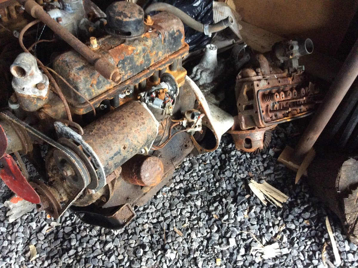 1953 Standard 8 barn find spares or repairs For Sale (picture 4 of 6)