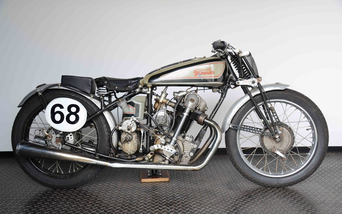 1934 ready to race OHC engine with bevel  For Sale (picture 1 of 10)