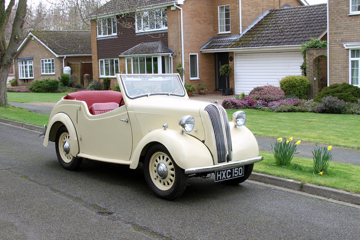 1946 Standard Flying 8 Tourer, gorgeous, no rust etc SOLD (picture 1 of 6)