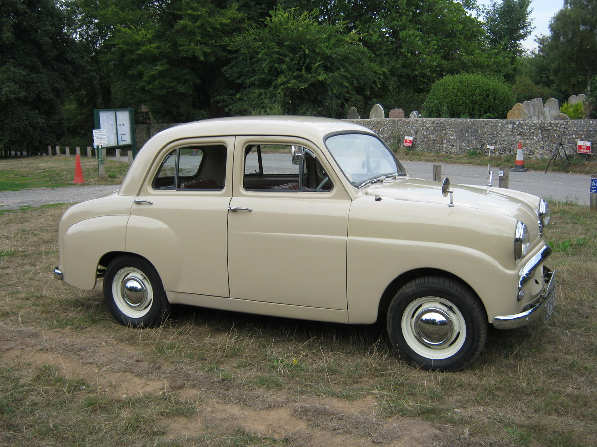 1957 STANDARD 10 4 DOOR SALOON. 39,000 MILES.  For Sale (picture 1 of 6)