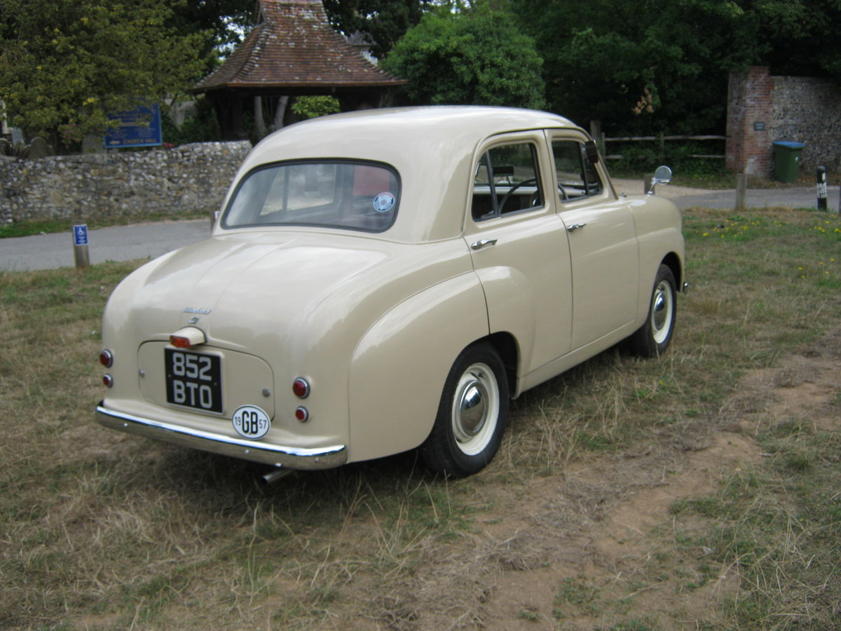 1957 STANDARD 10 4 DOOR SALOON. 39,000 MILES.  For Sale (picture 4 of 6)