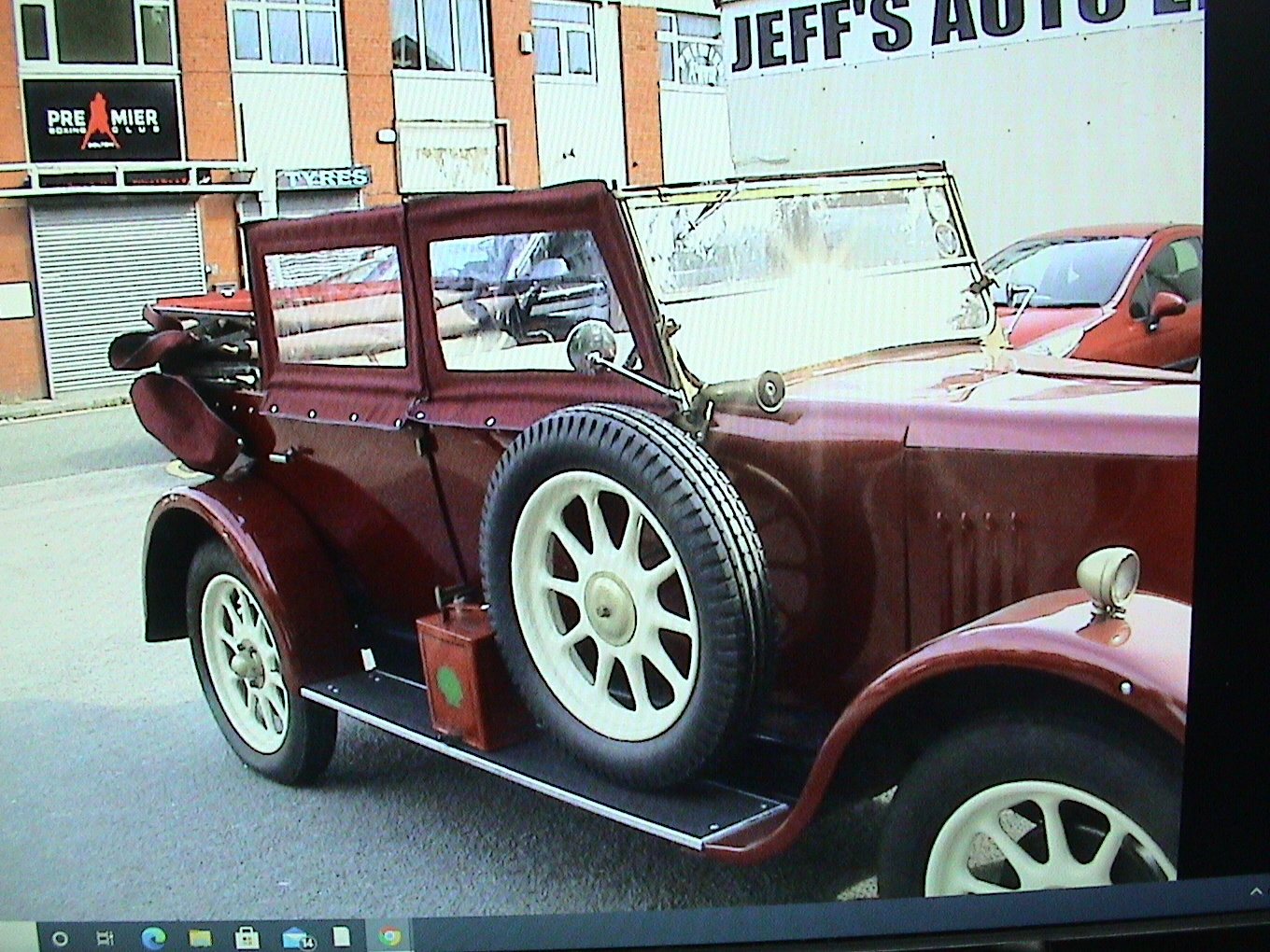 1925 Standard Tourer maroon with uprated 2.0 ford For Sale (picture 4 of 6)