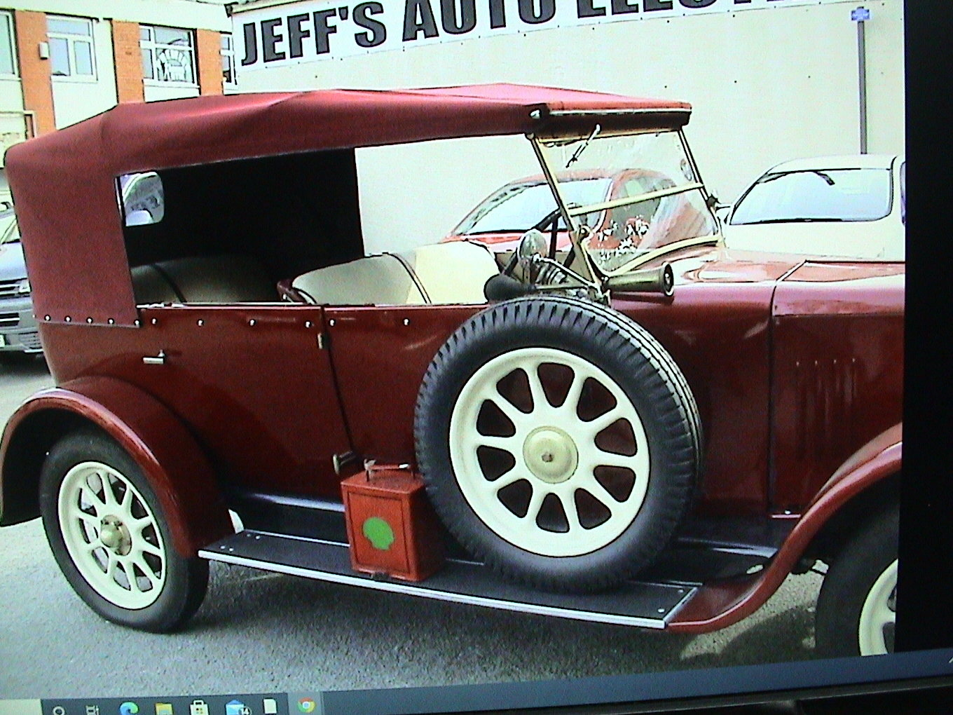 1925 Standard Tourer maroon with uprated 2.0 ford For Sale (picture 5 of 6)