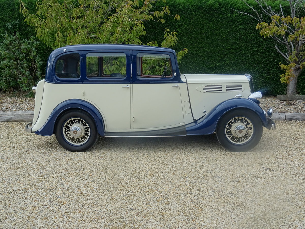 1935 Standard 12 Saloon (Deluxe) – Fully Restored For Sale (picture 3 of 6)