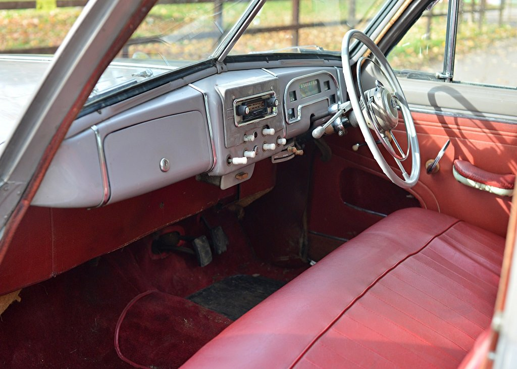 1954 Standard Vanguard Phase II Saloon For Sale by Auction (picture 3 of 6)
