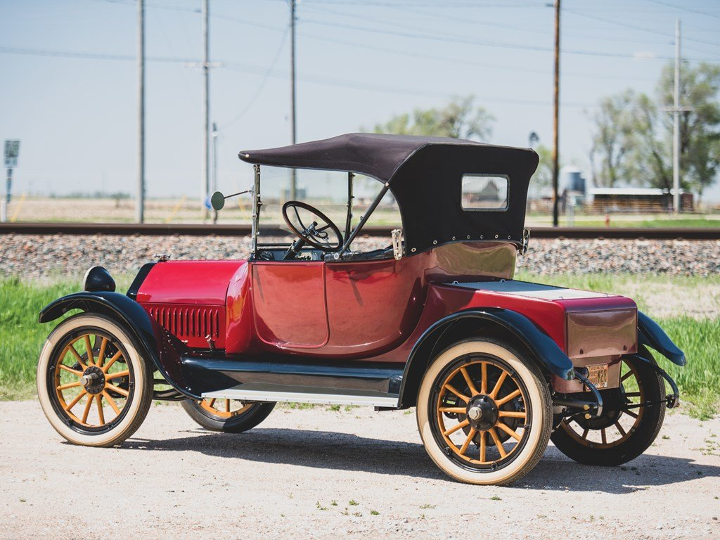 1915 Studebaker Model SD4 Roadster  For Sale by Auction (picture 2 of 6)
