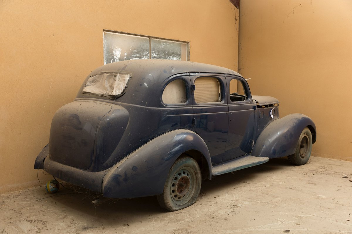 Circa 1937 Studebacker President 8 Limousine - No reserve For Sale by Auction (picture 2 of 6)