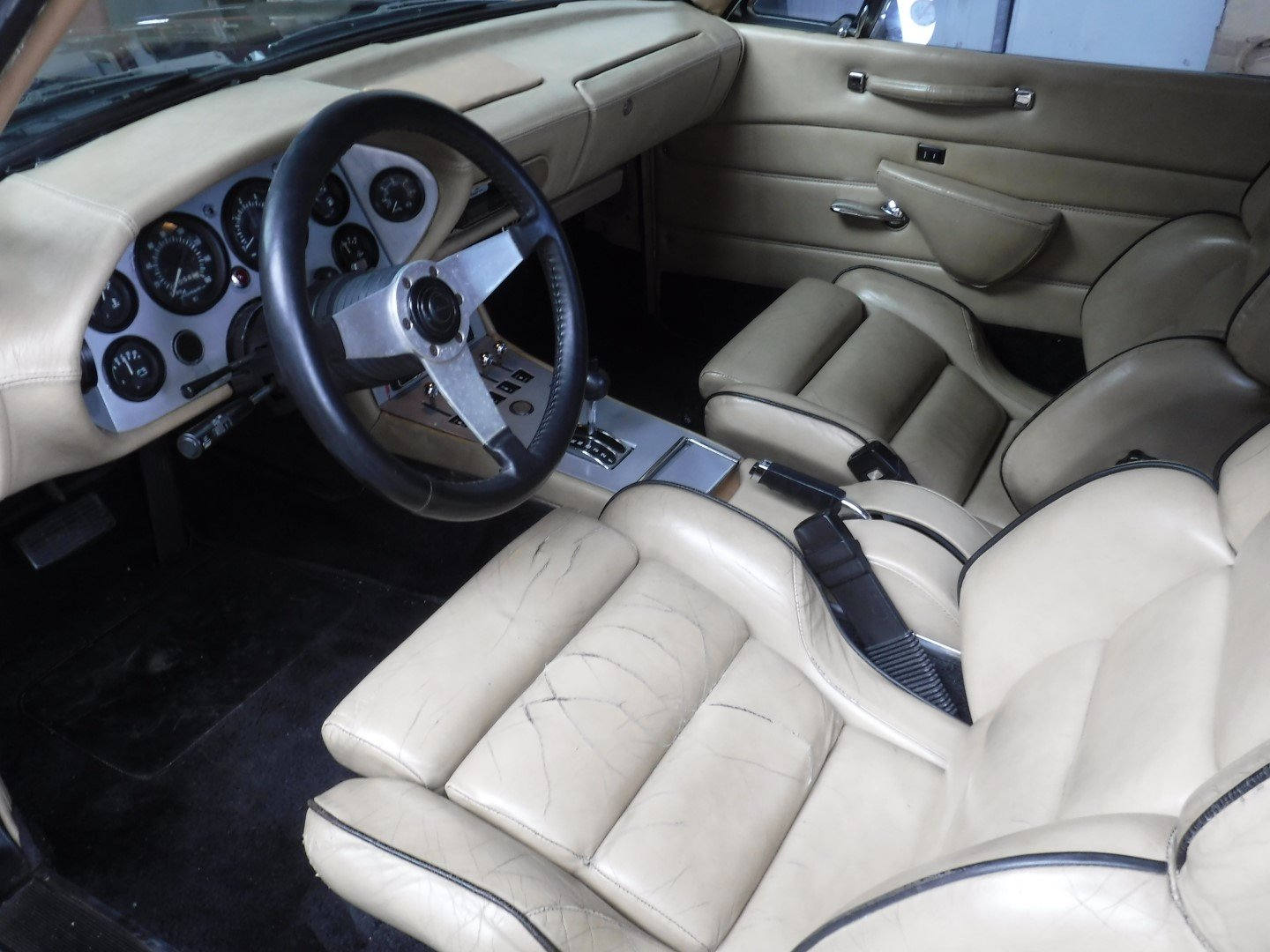"""Studebaker Avanti 1984  V8   """"WOW!"""" For Sale (picture 4 of 6)"""