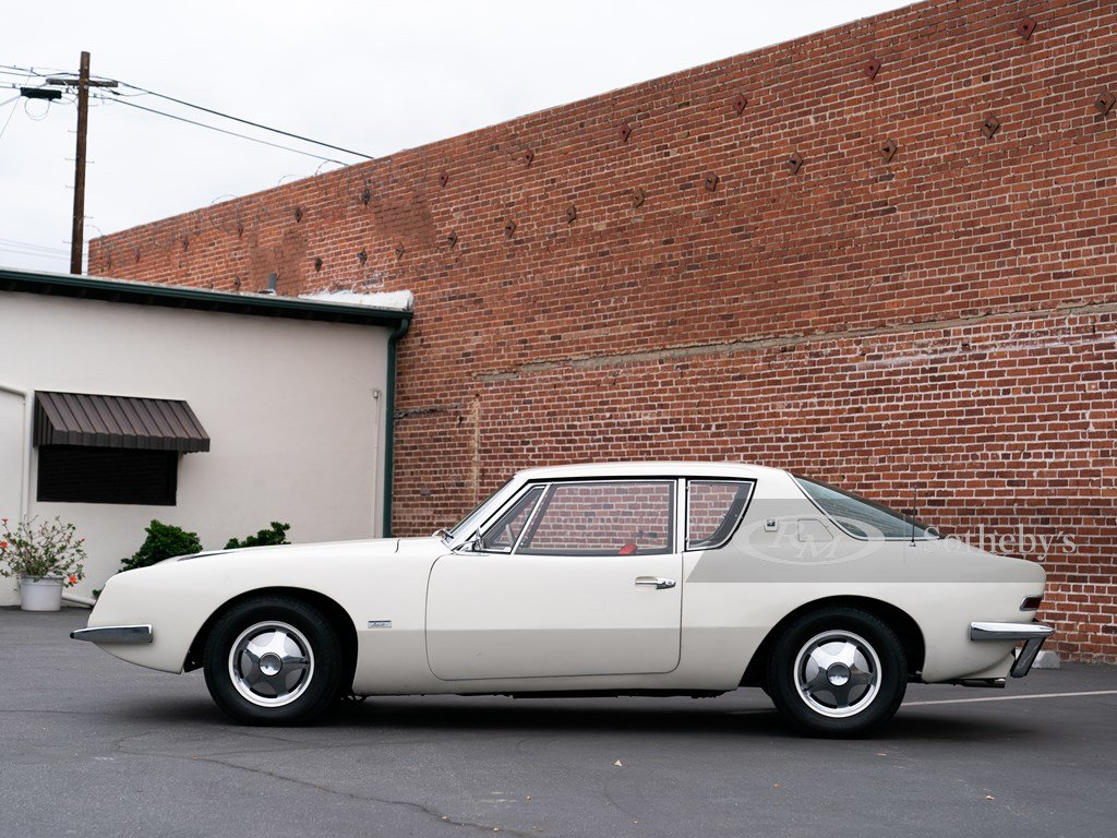 1963 Studebaker Avanti R2 Supercharged  For Sale by Auction (picture 5 of 6)