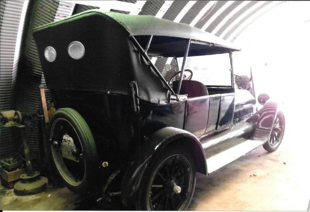 1917 Studebaker Touring Car For Sale (picture 3 of 8)