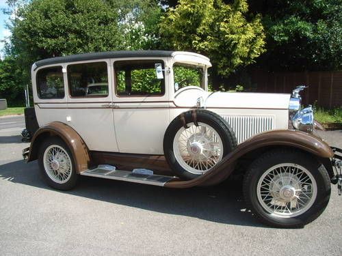 1929 Studebaker Dictator four door saloon, 2700cc For Sale (picture 1 of 6)