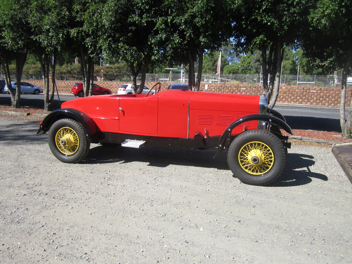 1928 Stutz BB Blackhawk unfinished project with 2 X Eng For Sale (picture 5 of 6)
