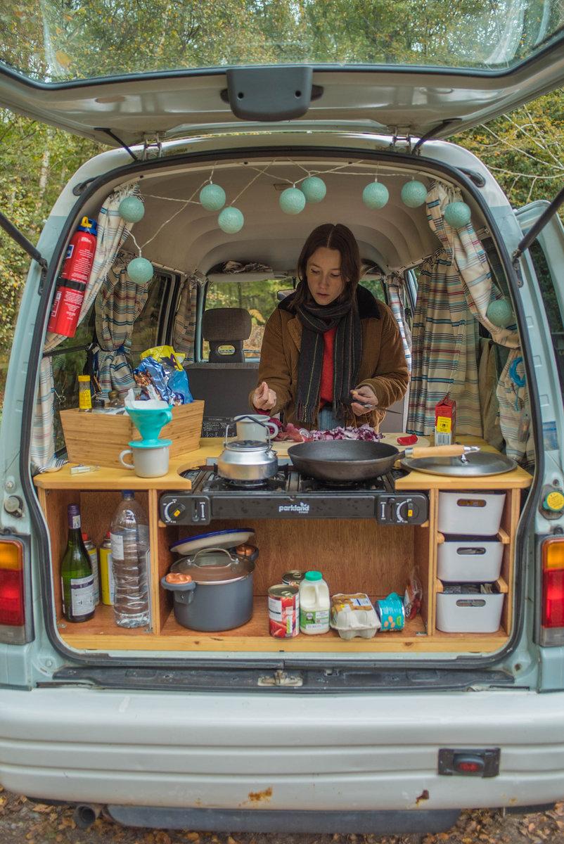 1998 Subaru Sambar Camper Van For Sale (picture 4 of 6)