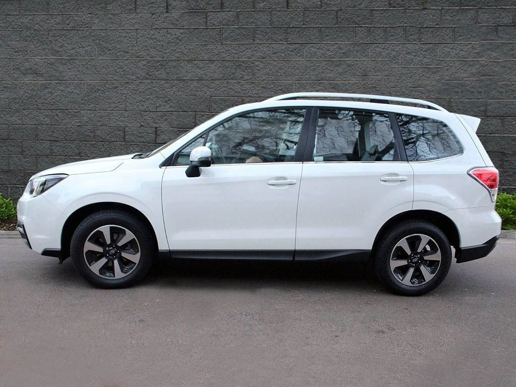 2017 Subaru Forester 2.0 IXE For Sale in London For Sale (picture 2 of 8)