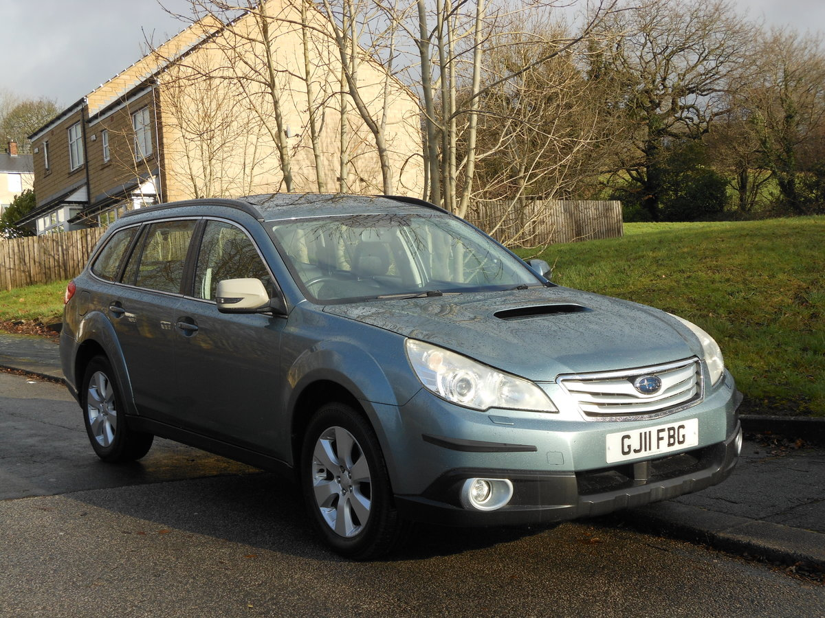2011 Subaru Outback 2.0 D SE NAV PLUS AWD HUGE SPEC SOLD (picture 1 of 6)