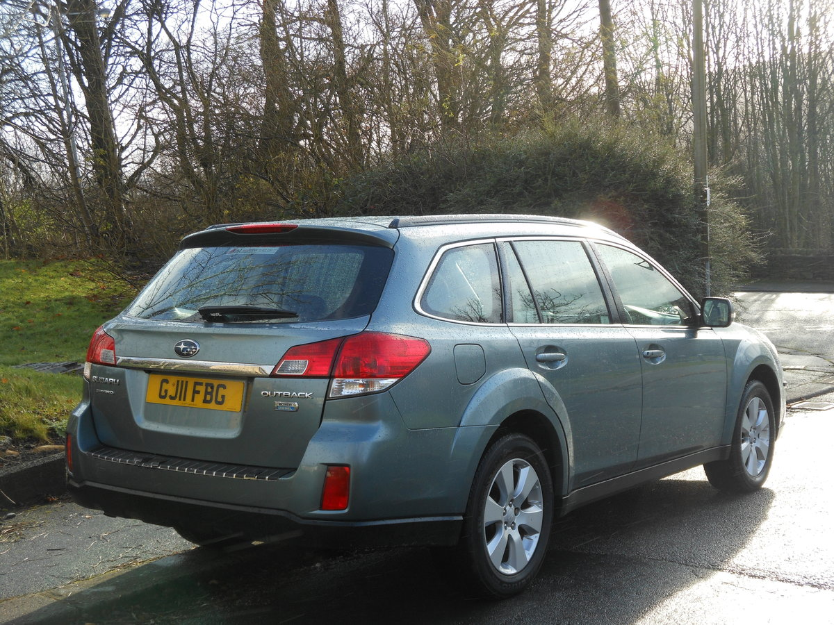 2011 Subaru Outback 2.0 D SE NAV PLUS AWD HUGE SPEC SOLD (picture 2 of 6)