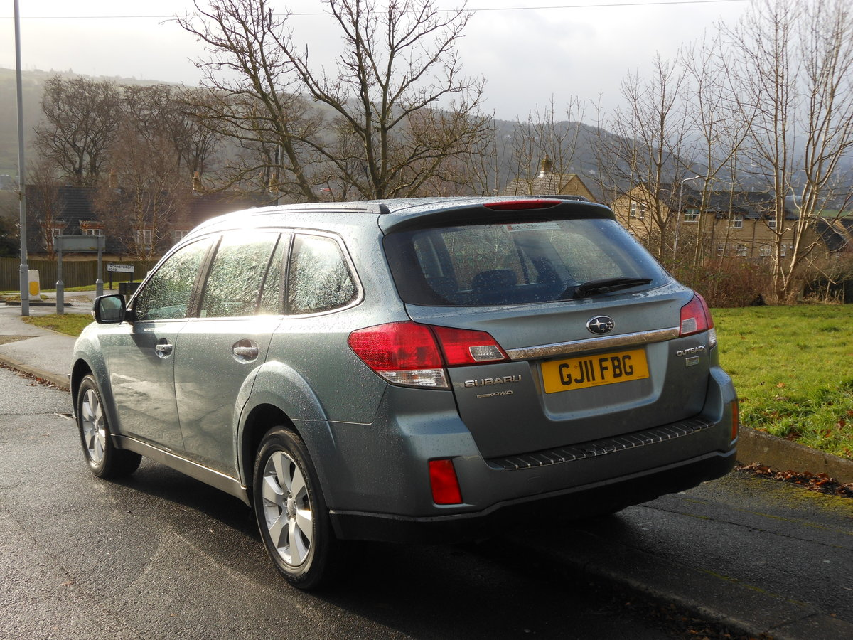 2011 Subaru Outback 2.0 D SE NAV PLUS AWD HUGE SPEC SOLD (picture 3 of 6)