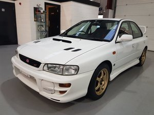 Subaru Impreza 2.0 WRX STI Version 5 - GC8