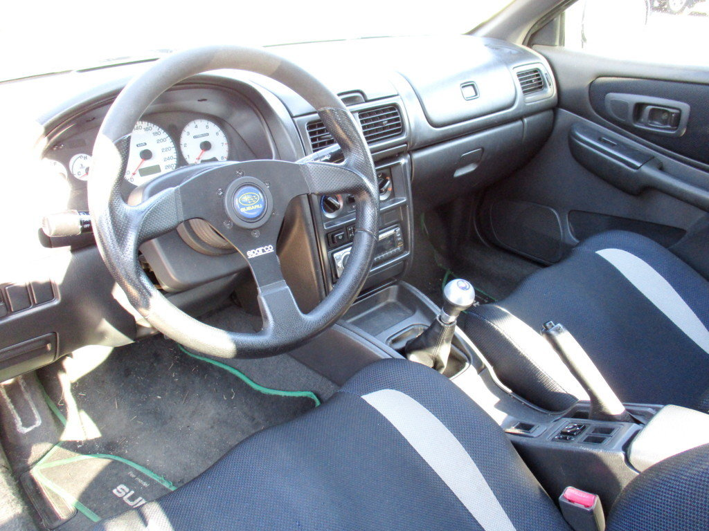 SUBARU IMPREZA GT TURBO 2.0 BOXER 4WD 160KW (1999) For Sale (picture 3 of 6)