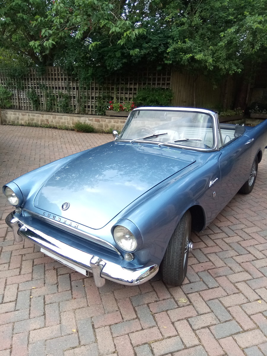Sunbeam Alpine Series 3 GT 1963.  Fully restored For Sale (picture 1 of 6)