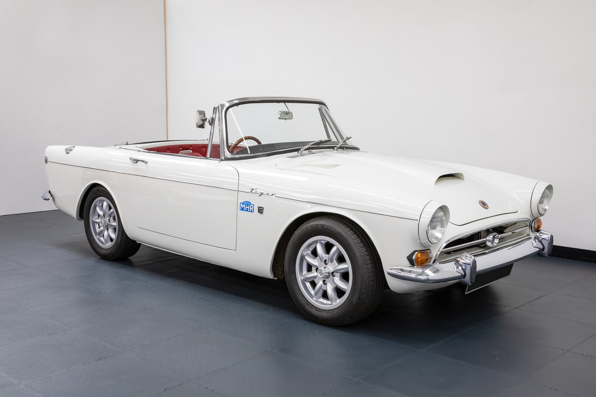 1965 Sunbeam Tiger Mk1 Convertible. For Sale (picture 1 of 6)