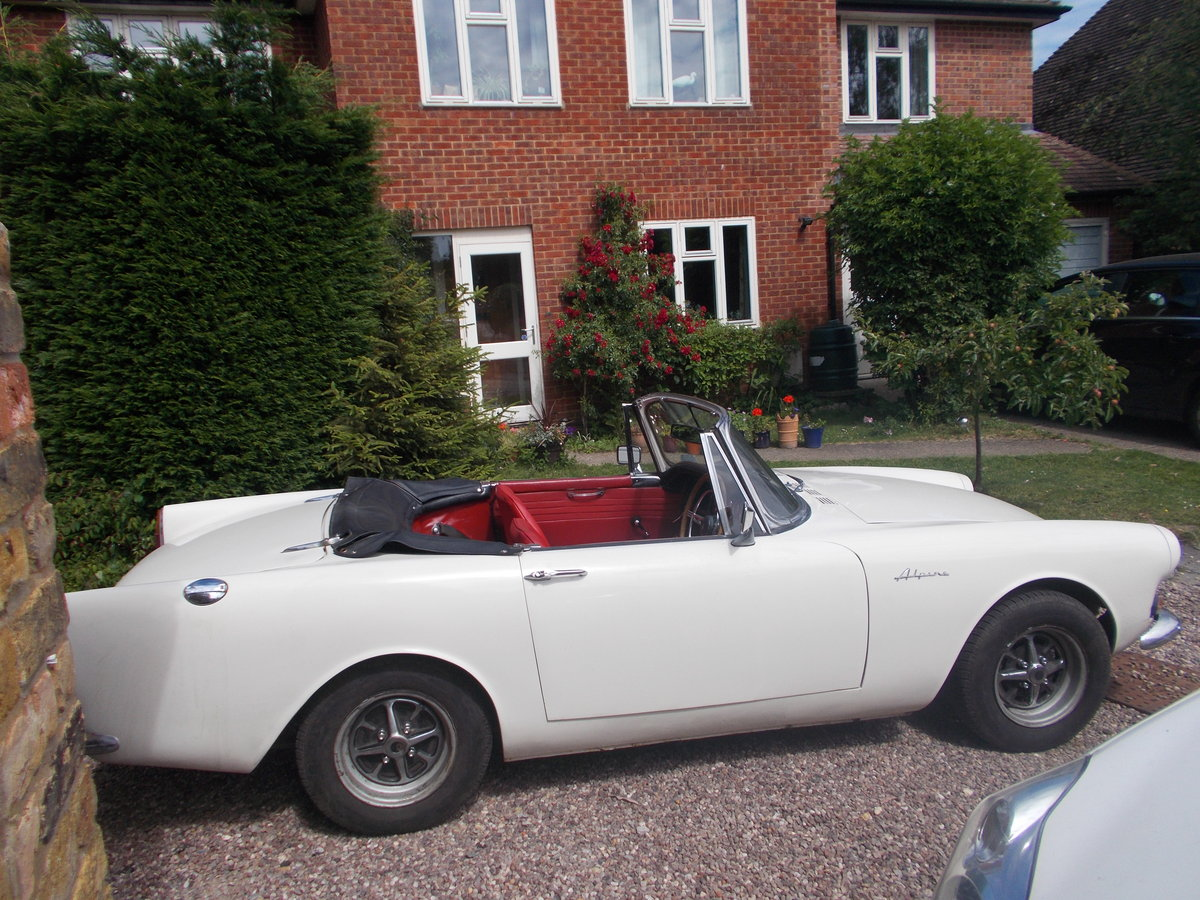 1967 Sunbeam Alpine MKV fully restored. For Sale (picture 3 of 6)