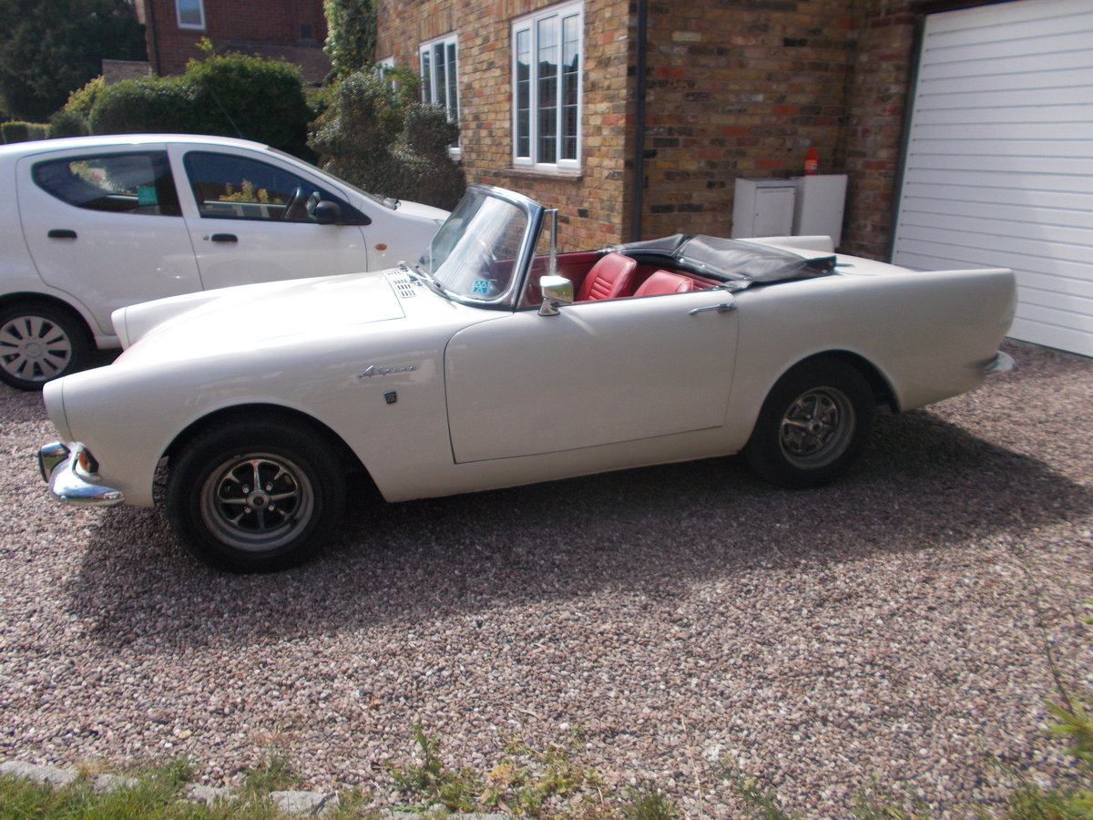 1967 Sunbeam Alpine MKV fully restored. For Sale (picture 4 of 6)