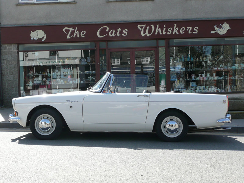 1966 Sunbeam Tiger MK1A - Met Police For Sale (picture 2 of 6)