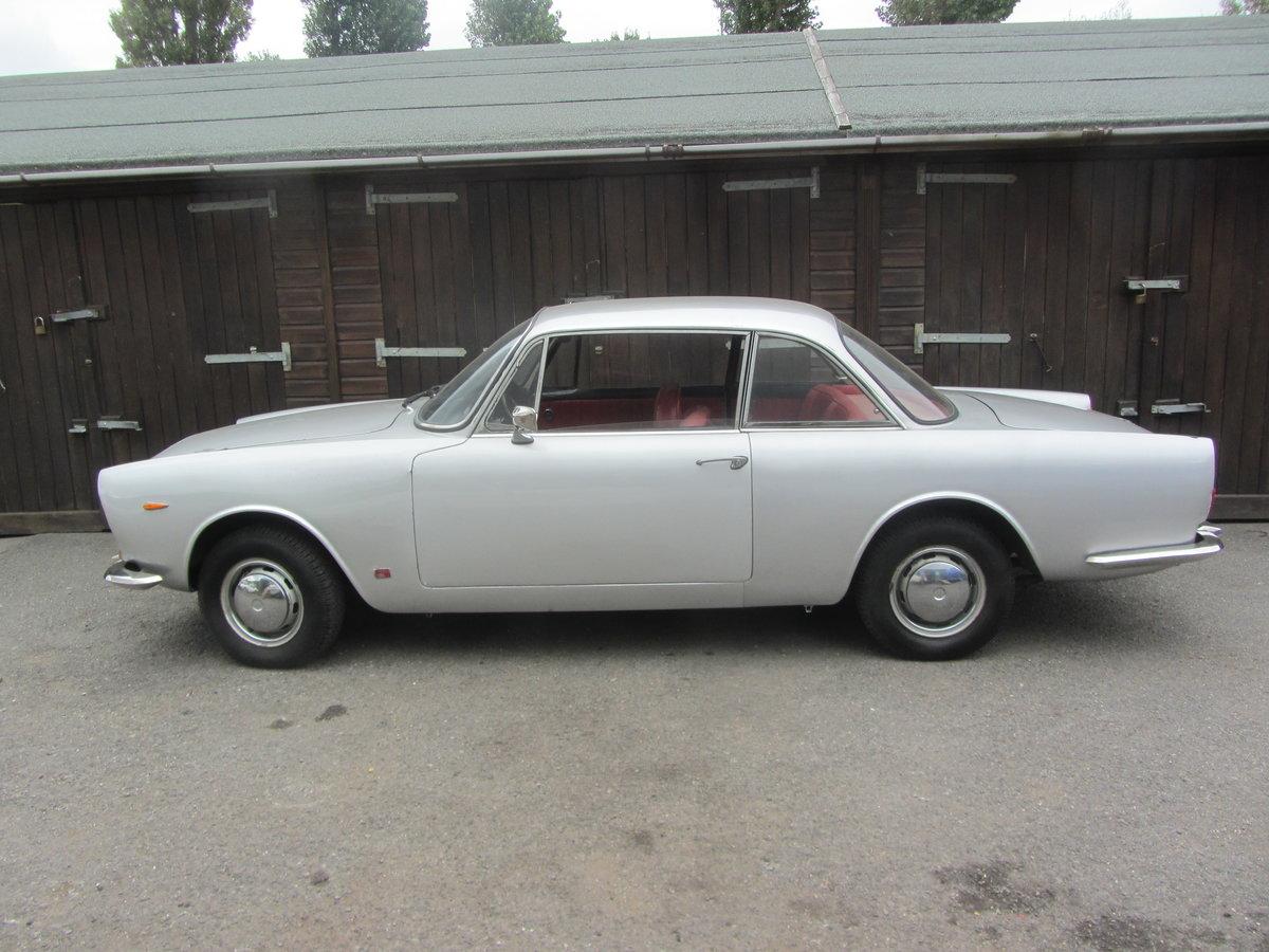 1965 Sunbeam Venezia Touring Superleggera  SOLD (picture 2 of 6)