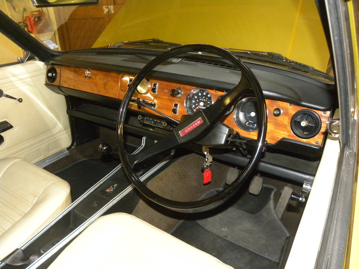 1971 SUNBEAM ALPINE FASTBACK...32,000 MILES ONLY For Sale (picture 4 of 6)