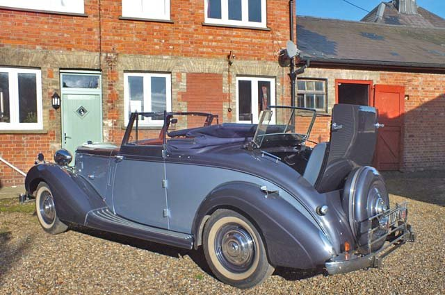 1939 A very impressive Sunbeam Talbot Grand Touring car For Sale (picture 4 of 8)