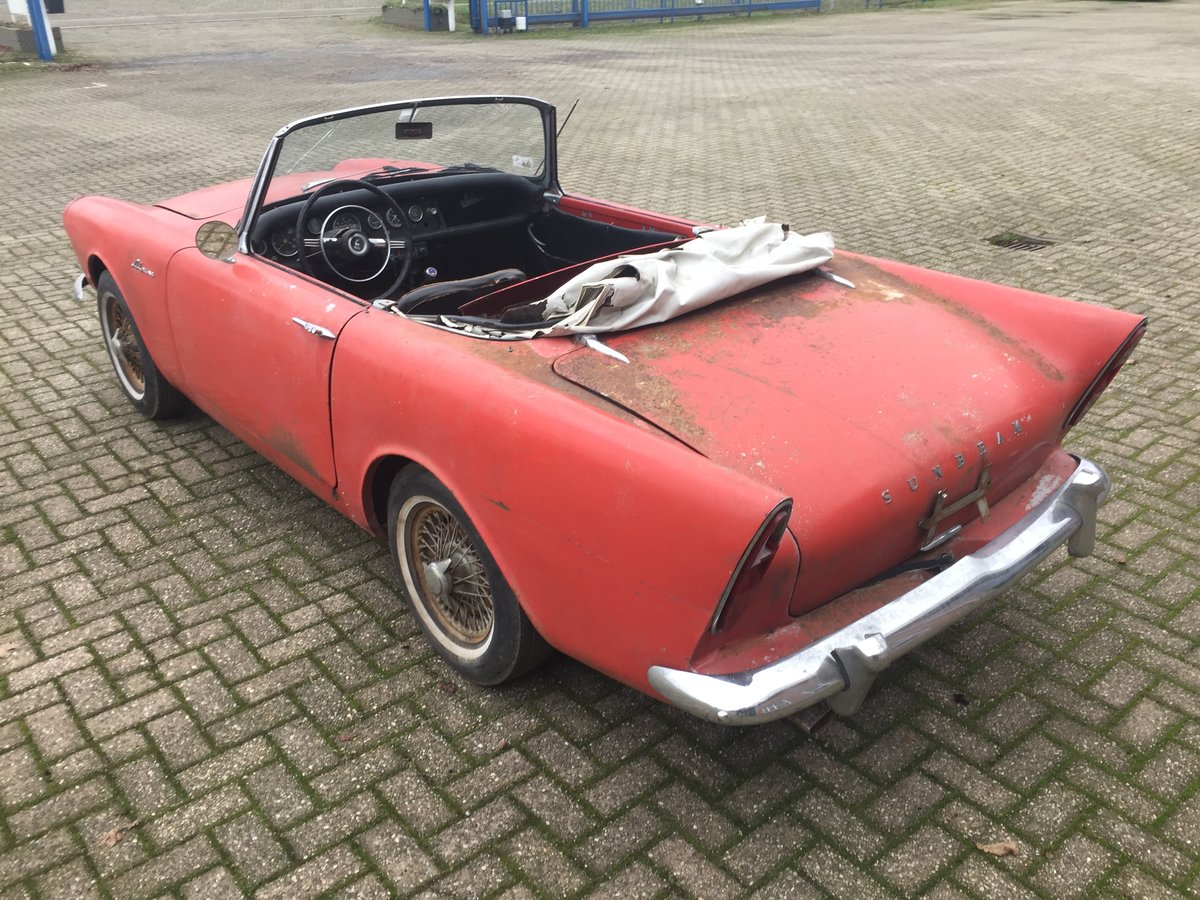 1963 Sunbeam Alpine Series 2 for restoration For Sale (picture 4 of 12)