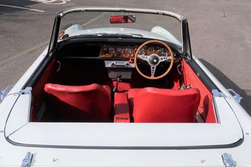 Rare 1966 Sunbeam Tiger Mk1 260 V8  SOLD (picture 5 of 6)