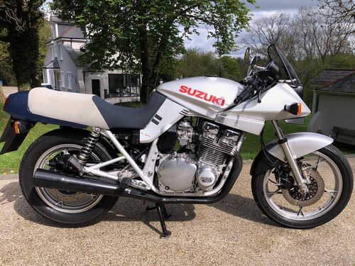 1982 Katana Time warp only 4,000 miles from new !! SOLD (picture 2 of 6)