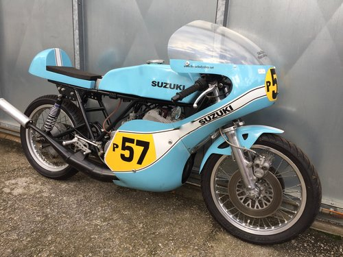 1980 SUZUKI GT T 500 RACE BIKE ROAD REGD £7995 OFFERS PX TRIALS For Sale (picture 1 of 6)