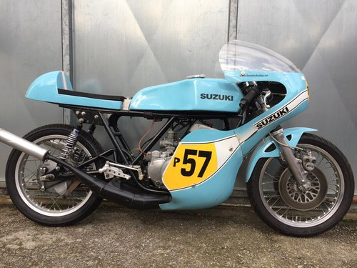 1980 SUZUKI GT T 500 RACE BIKE ROAD REGD £7995 OFFERS PX TRIALS For Sale (picture 3 of 6)