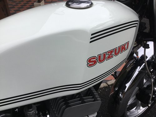SUZUKI GT250 X7, CONCOURS! For Sale (picture 5 of 6)