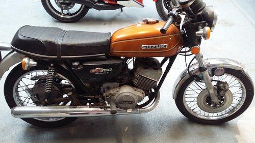 SUZUKI GT250 (1978) For Sale (picture 1 of 6)