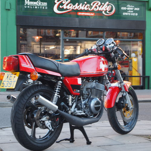 1978 Suzuki X7 250 Cafe Racer, With Great Sounding Spannys. SOLD (picture 1 of 6)