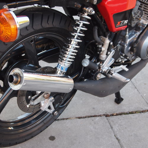 1978 Suzuki X7 250 Cafe Racer, With Great Sounding Spannys. SOLD (picture 2 of 6)