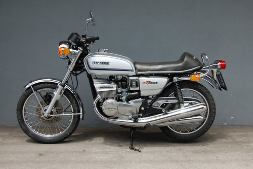 1973 Suzuki GT380 Original 12.183 KM Survivor For Sale (picture 1 of 6)
