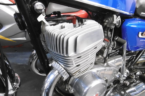 1973 T500 FULL NUT BOLT RESTORATION TO STANDARD  For Sale (picture 3 of 6)