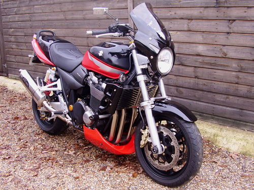 2006 Suzuki GSX 1400 K5 (2 owners, 7400 miles, Lots of extras) SOLD (picture 2 of 6)